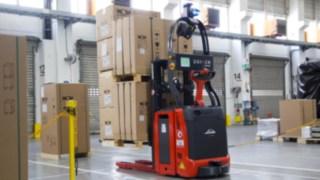 Automatisiertes Linde Fahrzeug im Einsatz bei der Wolf GmbH