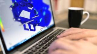 CAD-Zeichnung einer Sonderbaulösung von LMH-RR auf einem Laptopbildschirm